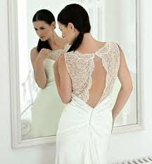backless wedding dresses - Buscar con Google