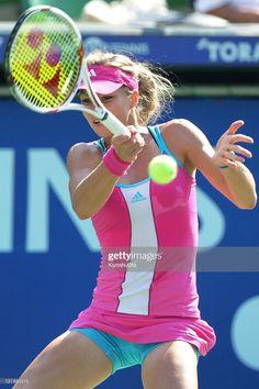 Camila Giorgi, Female Volleyball Players, Tennis Players Female, Tennis Outfits, Tennis Clothes, Ana Ivanovic, Tennis Pictures, Celebrity Bodies, Tennis Fashion