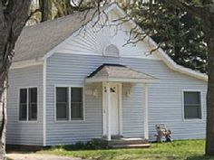 3/4 mile from the beach. About same from the trail head. Beachglass Cottage 'Scott's Place' - Monroe Blvd Near South BeachVacation Rental in South Haven from @homeaway! #vacation #rental #travel #homeaway