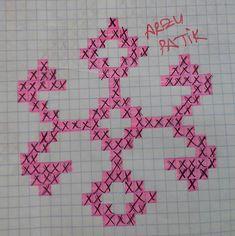 Çetiklerde (patiklerde) kullandığımız Türk Kilim Desenlerinin çizimleri Capes For Kids, Beaded Necklace Patterns, Symbols, Peace, Crochet, Tunisian Crochet, Gingham, Log Projects, Tapestry Weaving