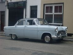 1958 Ford Consul MkII. Two tone paintwork again, although this time split between lower body and the roof