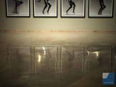 Imatge de l'exposició 'A distinct vision', de Greg Gorman. Fotografia de Laia Marín, per #TarragonaCultura. #Tarragona #PortdeTGN #Tinglado1 #Hollywoodstars