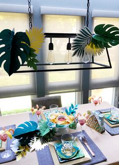 Simple summer dinner party decorating. Diy Party, Party Favors, Party Food And Drinks, Summer Birthday, Birthday Dinners, Summer Parties, Perfect Party, Party Supplies, Gift Wrapping