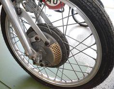 Derbi 50cc. 1973 'Carreras Cliente'. Replica Angel Nieto. 4 leading shoe front brake system R/H side.