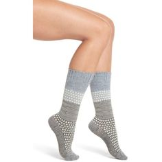 Women's Smartwool Popcorn Cable Crew Socks ($23) ❤ liked on Polyvore featuring intimates, hosiery, socks, blue ice heather, cable knit socks, crew length socks, cushioned socks, heather socks and crew cut socks
