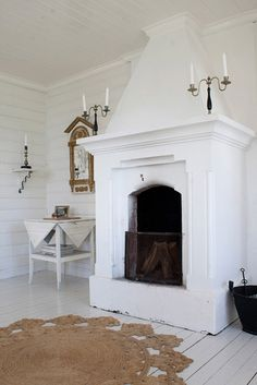 i love white fireplaces