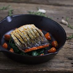 A simple and delicious crispy skin salmon