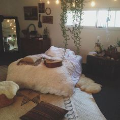 /m/ - Room Inspo Dream Rooms, Dream Bedroom, Home Bedroom, Master Bedroom, 70s Bedroom, Calm Bedroom, Tranquil Bedroom, My New Room, My Room