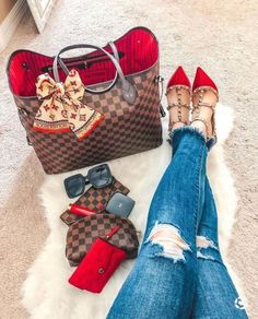 Louis Vuitton Keepall, Louis Vuitton Taschen, Louis Vuitton Handbags, Dior Handbags, Best Handbags, Replica Handbags, Louis Vuitton Designer, Louis Vuitton Multicolor, Fashion Drawings