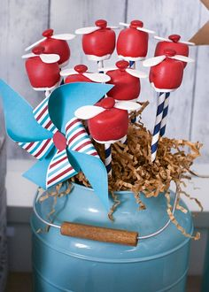 plane propellor marshmallow pops