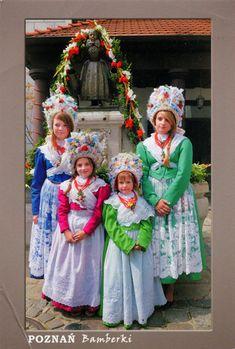 POLAND (Greater Poland) - Girls in traditional Bamberg costumes in Poznań Folk Costume, Costume Dress, Costumes, Traditional Fabric, Traditional Outfits, Poland Girls, Polish Folk Art, World Thinking Day, Folk Clothing