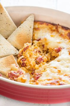 Rich, creamy and incredibly tasty Reuben dip is best shared with a crowd. Perfect appetizer for every Reuben lover.