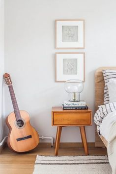 Cool and Collected: Bedroom Makeover - Avenue Lifestyle Avenue Lifestyle Farrow And Ball Living Room, Farrow And Ball Paint, Farrow Ball, Living Room Paint, Bedroom Wall Colors, Bedroom Decor, Ammonite Farrow And Ball, Deco Paris, Inspired Homes