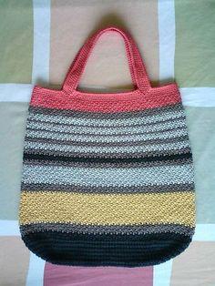 "Ravelry: Marly Bag pattern by Marlaina ""Marly"" Bird ~ free pattern For scrap yarn?"