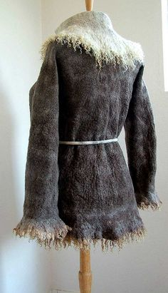 Felt jacket Back | by B.eňa