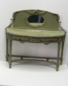 ♥ Pipi Turner Miniatures ♥: Boden angefangen und ein Möbel überarbeitet