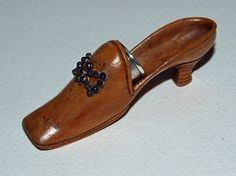 Early nineteenth century thimble shoe. c. 1825. - J. A. Yarwood Antiques and Fine Art