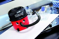 EXTREMELY CUTE HENRY DESKTOP VACUUM CLEANER!!! GREAT OFFICE or HOME GIFT