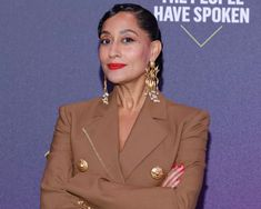 "We're Mesmerized by Tracee Ellis Ross' ""Snake Swirl"" Finger Waves at the 2020 PCAs Tracee Ellis Ross, Finger Waves, Celebrity Beauty, Choice Awards, Celebrities, Celebs, Foreign Celebrities, Sew In Weave, Beautiful Celebrities"