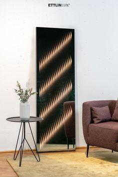 Dieser Spiegel wertet Ihr modernes Zuhause mit seinem besonderen, ambienten Licht stilvoll auf. Mirror, Lighting, Design, Home Decor, Products, Indirect Lighting, Interior, Light Fixtures, Ad Home