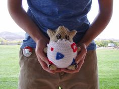 Togepi amigurumi (with free pattern) this will be perfect for my Misty Halloween costume!  Maybe I'll make a starmie backpack.