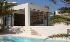 Modern design Mediterranean villa / Home inspiration byCOCOON.com #COCOON Dutch designer brand