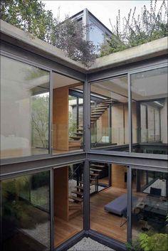Дом с четырьмя внутренними двориками от студии Андрес Stebelski Arquitecto