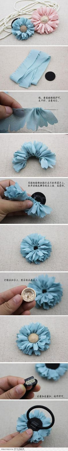 DIYforal hair tie wth gathered ruffles, felt, butoons and hot glue. Cute