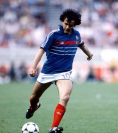 France Football, World Football, Football Soccer, Michel Platini, Marco Van Basten, Michel Fugain, Soccer Pictures, Soccer Pics, Best Football Players