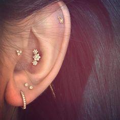 No Piercing Ears Helix Cuff Lavender Swarovski Pearls Dragonfly/cartilage ear cuff/fake faux piercing/piercing imitation/ohrklemme ohrclip - Custom Jewelry Ideas Cute Ear Piercings, Multiple Ear Piercings, Tragus Piercings, Cartilage Earrings, Cartilage Stud, Peircings, Conch Stud, Bridal Earrings, Crystal Earrings