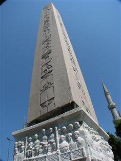 Dikilitaş Sultanahmet - the obelisk at the hippodrome, Istanbul