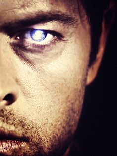 Castiel He so PRETTAY and WITTAY and GAY heh funny causeiys so true