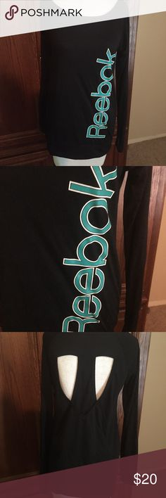 Reebok workout long sleeve Tshirt Cute openings in back. Excellent condition Reebok Tops Tees - Long Sleeve