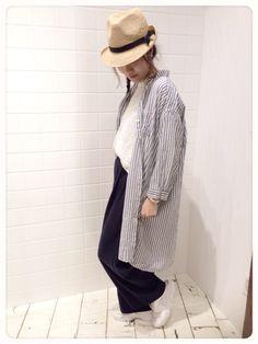 お仕事コーデ パンツがワイド過ぎないシルエットがお気に入りです♪ Panama Hat, How To Wear, Fashion, Moda, Fashion Styles, Fashion Illustrations, Panama