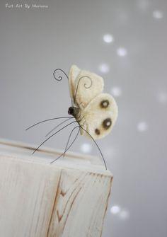 Fieltro mariposa  aguja fieltro mariposa por FeltArtByMariana