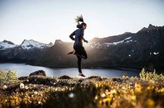 Magical running vibes!  How's your Saturday so far?  - Great photo by @yngsen reposted by @worlderunners - @salomonrunning @thearctictriple : Alexis Berg / Grand Trail