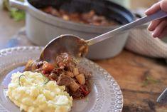 Kjøttgryte med grov rotstappe Risotto, Nom Nom, Food And Drink, Beef, Ethnic Recipes, Meat, Ox, Ground Beef, Steak
