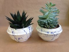 bloempotten met Delfts blauwe spetters van Inge Simonis ceramic design op DaWanda.com