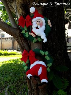 Best 12 Holiday Time Christmas Decor Hanging Santa by Gemmy Industries, Red – SkillOfKing. Christmas Tree Toppers, Christmas Candy, Christmas Wreaths, Christmas Crafts, Christmas Decorations, Xmas, Christmas Ornaments, Holiday Decor, Natal Diy