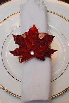 {Fall Leaf Napkin Ring} so easy to make!