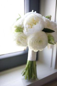 Simple Wedding Bouquet - Wedding Diary