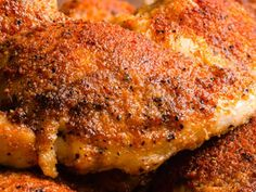 These delicious and juicy Oven Roasted Chicken Thighs are easy to make and will satisfy your hungry family. Crispy Baked Chicken, Baked Chicken Recipes, Chicken Recepies, Chicken Marinades, Teriyaki Chicken, Chicken Breasts, Easy Cooking, Cooking Recipes
