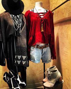 Saturday nights my loves ❤️💥💋 XoXo WYNK* #nebraska #wynkboutique #oneteaspoon #tomsshoes #donaldjpliner #shoes #shopping #boutique #arrow #freepeopleclothing #sweater #saturday #railsla