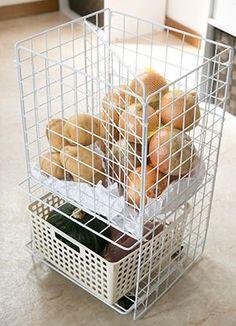 from daiso haul Cube Storage, Craft Storage, Food Storage, Kitchen Organization, Organization Hacks, Bedroom Closet Storage, Small Kitchen Layouts, Future House, Shelf Furniture