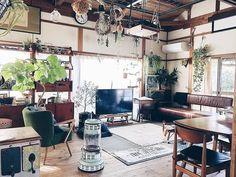 デザイン性にも優れたストーブなので、お部屋にもしっくり馴染みます。どこか懐かしい佇まいが素敵ですね。