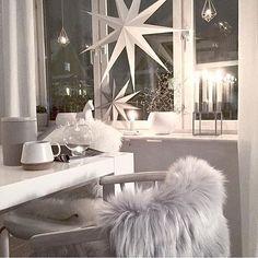 Christmas Inspiration cred; @mz.interior #gofollow  Wow for en stemning Kjenner jeg begynner å glede meg til jul Takk for at du brukte taggen #juleinspo16 @hanneromhavaas  Jeg vil vise litt julebilder fram mot jul ------------------------------ Use the tag #juleinspo16 @hanneromhavaas on your christmas pictures  I will share some forward to Christmas ❤️