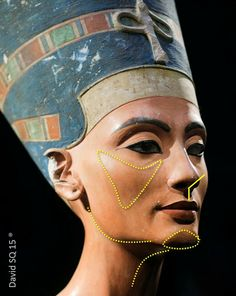 Nefertiti Bust, a painted limestone bust of the Great Royal Wife of the Egyptian Pharaoh Akhenaten, believed to have been crafted in 1345 BC by the sculptor Thutmose. At present in the Neues Museum, Berlin. Nefertiti Bust, Queen Nefertiti, Women In History, Ancient History, Art History, Egyptian Pharaohs, Ancient Egyptian Art, Egyptian Queen, Art Ancien