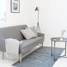 The beautiful Karma rug from Danish House Doctor makes your living room look perfect. Combine the House Doctor Karma carpet with your favorite home accessories for a unique look. House Doctor, Danish House, Grey And White Rug, Living Spaces, Living Room, Homewares Online, Grey Rugs, Vintage Furniture, Home Accessories