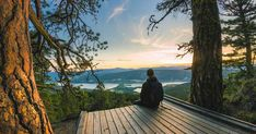 This Breathtaking Lookout Point In BC Is The Perfect Date Spot For Summer Oh The Places You'll Go, Places To Visit, Hiking Places, Summer Dates, Top Of The World, Life Inspiration, British Columbia, Explore, Adventure