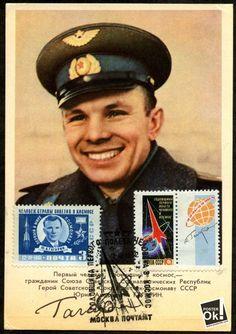 Yuri Gagarin | Russia 1960s Юрий Алексеевич Гагарин , Советский лётчик-космонавт, Герой Советского Союза, кавалер высших знаков отличия ряда государств, почётный гражданин многих российских и зарубежных городов. 12 апреля 1961 года Юрий Гагарин стал первым человеком в мировой истории, совершившим полёт в космическое пространство .